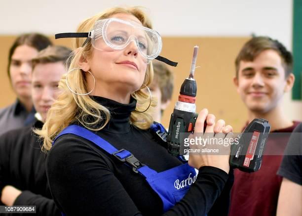 Barbara Schöneberger Ambassador of the DKJS visits the student company Holzwerkstatt of the PaulundCharlotteKnieseSchule Photo Britta...