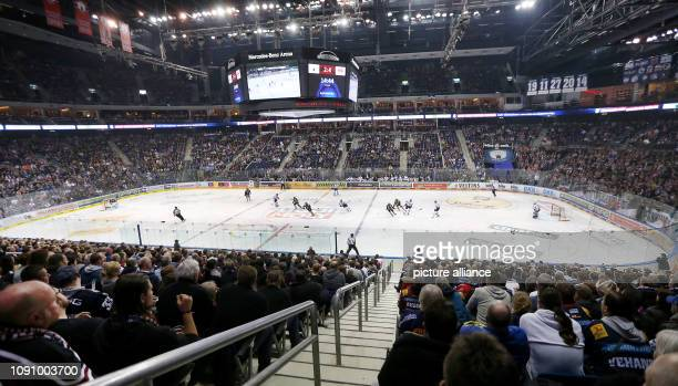 January 2019, Berlin: Ice hockey: DEL, Eisbären Berlin - EHC Red Bull Munich, main round, 44th matchday. View of the ice in the Mercedes Benz Arena....