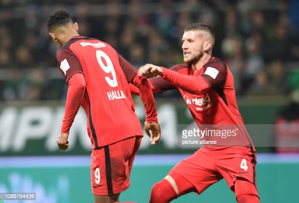Soccer Bundesliga Werder Bremen Eintracht Frankfurt 19th matchday Frankfurt's Ante Rebic cheers with the goal scorer to 22 by penalty Sebastien...