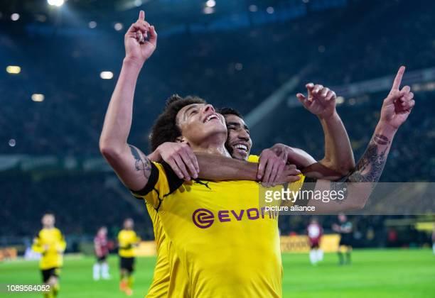 26 January 2019 North RhineWestphalia Dortmund Soccer Bundesliga Borussia Dortmund Hannover 96 19th matchday at Signal Iduna Park Dortmund goal...