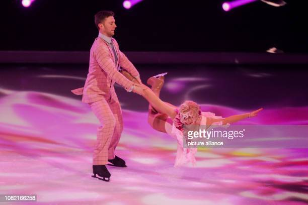 13 January 2019 North RhineWestphalia Köln Aleksandra Bechtel presenter and Matti Landgraf figure skater are on the live SAT1 show 'Dancing on Ice'...