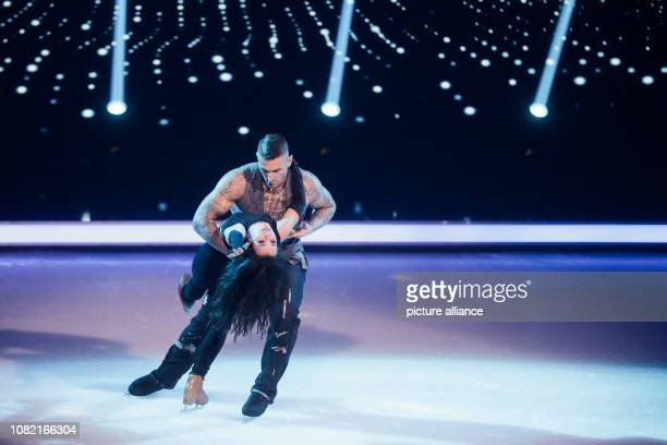 13 January 2019 North RhineWestphalia Köln Kevin Kuske Olympic bobsleigh champion and Myriam Leuenberger figure skater are on the ice in the live...