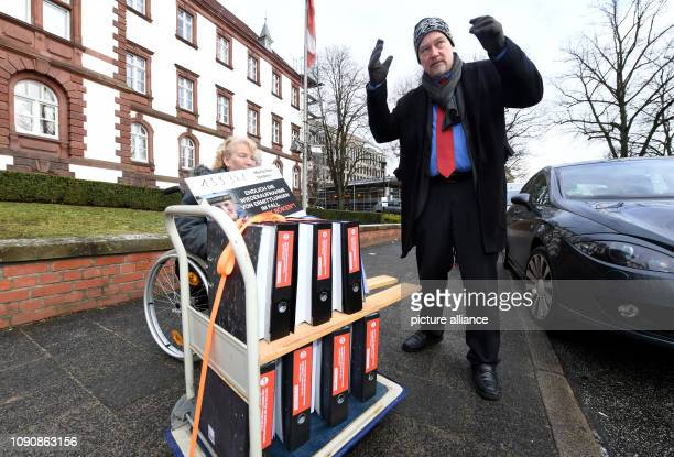 29 January 2019 SchleswigHolstein Kiel Marlies and Uwe Böken the parents of the dead 'Gorch Fock' cadet Jenny Böken are standing in front of the...