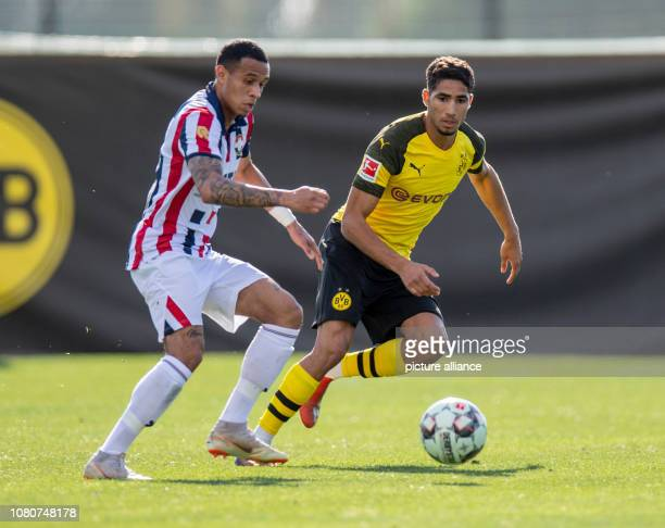 Soccer Test matches BVB Winter Training Camp 2019 Borussia Dortmund Willem II Tilburg in the 'Dama del Noche' Tilburgs Damil Dankerlui and Dortmund's...