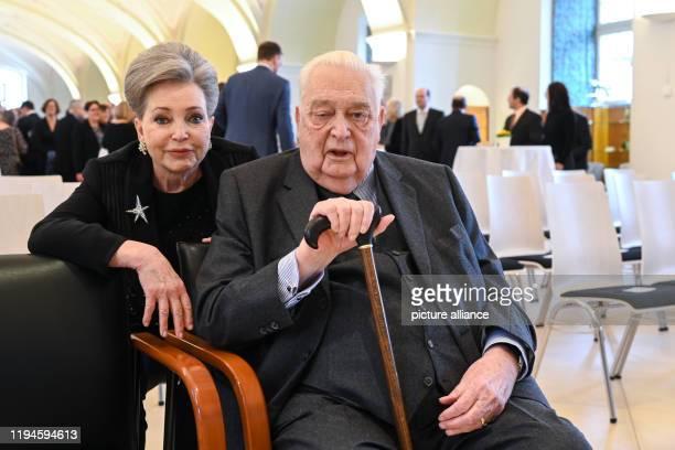 January 2020, Baden-Wuerttemberg, Altshausen: Carl Duke of Württemberg and his wife, Diane Francoise Maria da Gloria Duchess of Württemberg, sit in...