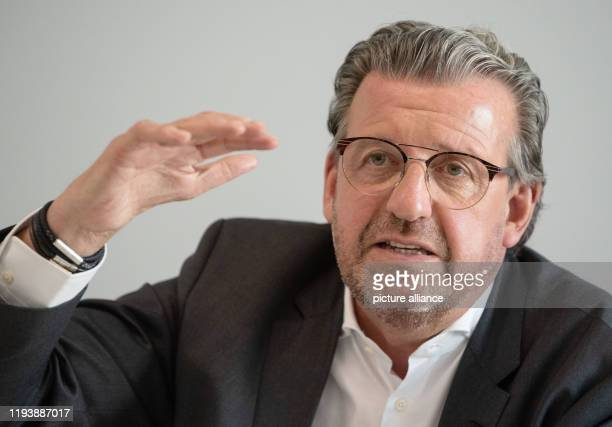 January 2020, Baden-Wuerttemberg, Stuttgart: Stefan Wolf, Chairman of the Association Südwestmetall, attends a press conference. In the upcoming...