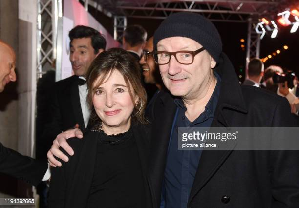 January 2020, Bavaria, Munich: Rainer Bock, actor and his wife Christina Scholz, actress, come to the Prinzregententheater for the presentation of...