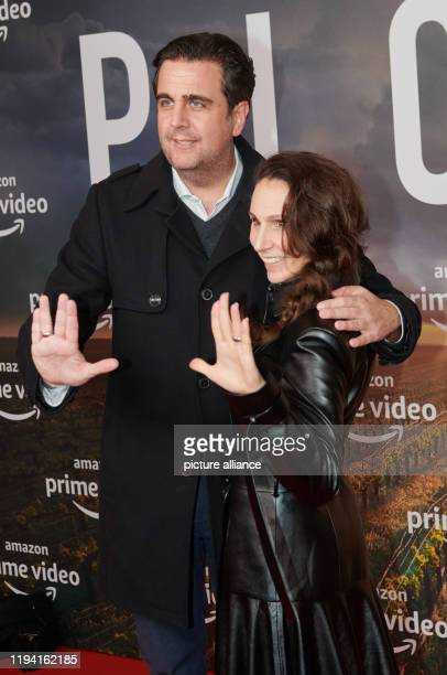 Actor Bastian Pastewka comes with his wife Heidrun Buchmaier to the STAR TREKPICARD event at the Zoo Palast Photo Annette Riedl/dpa