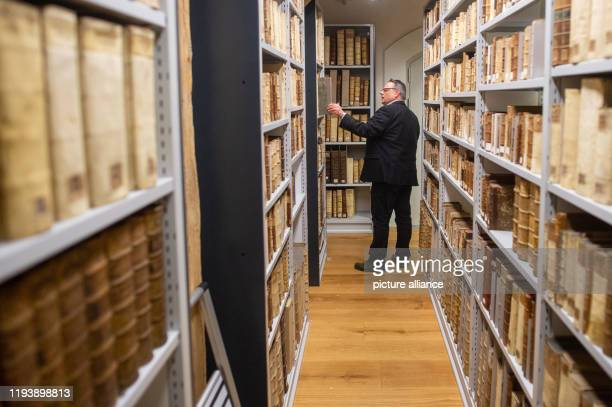 """January 2020, Saxony-Anhalt, Lutherstadt Wittenberg: Matthias Meinhardt, head of the """"Wittenberg Research Library for the History of the..."""