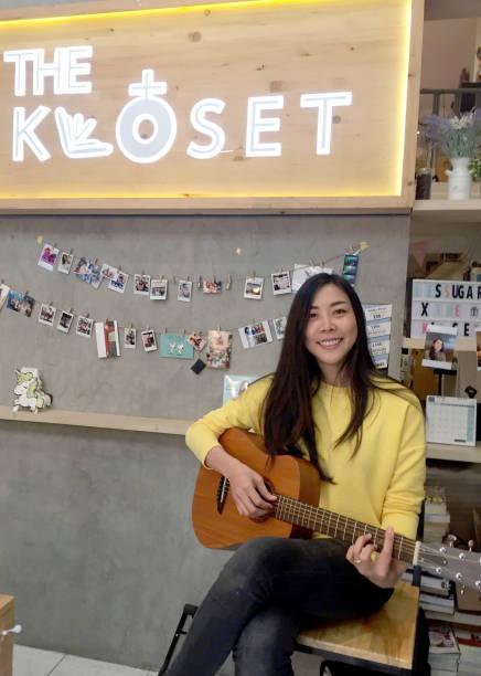 "THA: ""The Kloset"" - Café For Lesbians"