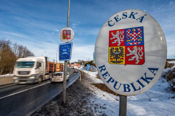 DEU: Coronavirus- Testing Stations For Border Commuters