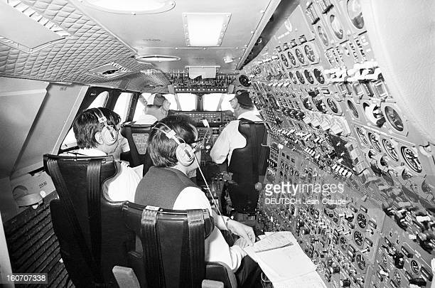 January 21st First Concorde Commercial Flight Paris Dakar Rio De Janeiro A bord de l'avion supersonique CONCORDE dans le cockpit assis aux commandes...