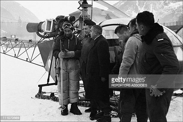 January 3 9h00 the Alouette II take off from Chamonix 9h10 the Alouette are landed in turn near the Vallot refuge and evacuate the crew of the S58 as...