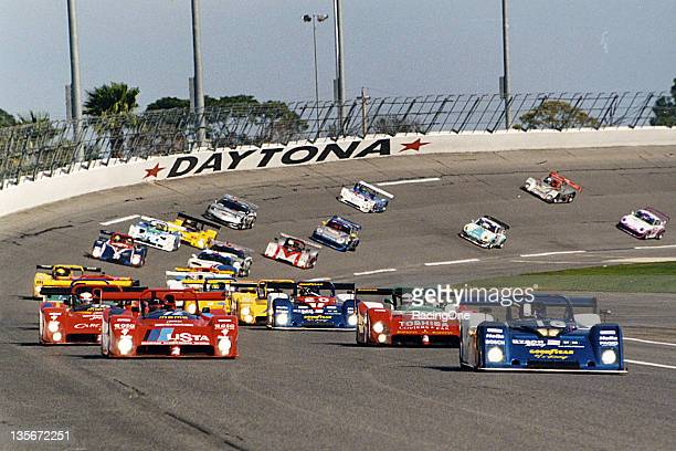 January 30, 1999: The field heads off the turn four banking of Daytona International Speedway getting ready to take the green flag to start the Rolex...