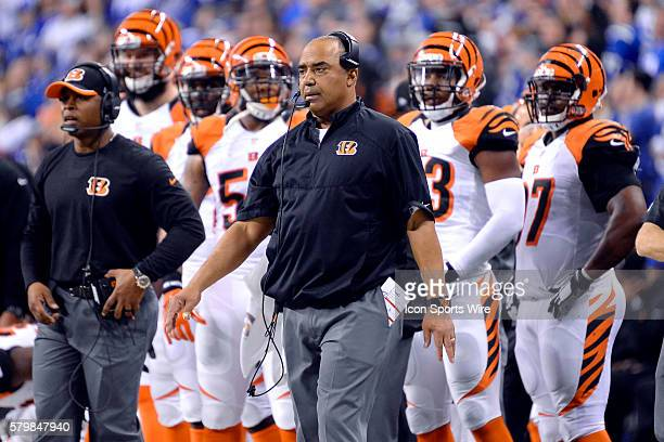 Cincinnati Bengals head coach Marvin Lewis in action during the NFL AFC Wild Card football game between the Indianapolis Colts and Cincinnati Bengals...