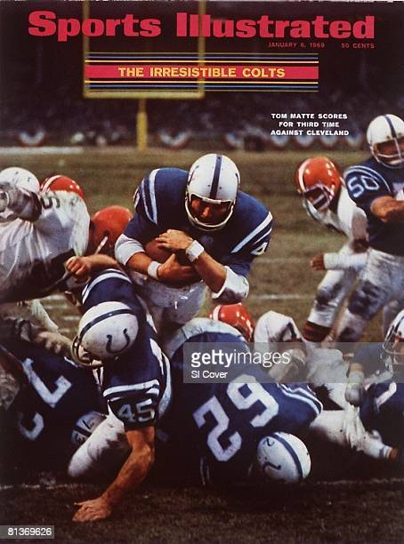January 6 1969 Sports Illustrated Cover Football NFL Championship Baltimore Colts Tom Matte in action scoring 3rd touchdown of game vs Cleveland...