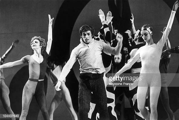 January 8 1968 The principal dancer Rudolf NUREYEV wearing a wool costume rehearses the final dance of the ballet JAZZ CALENDAR at the Royal Opera...