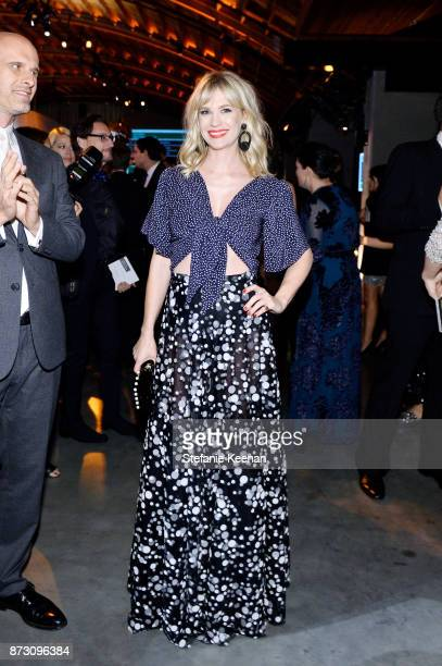 January Jones attends The 2017 Baby2Baby Gala presented by Paul Mitchell on November 11 2017 in Los Angeles California