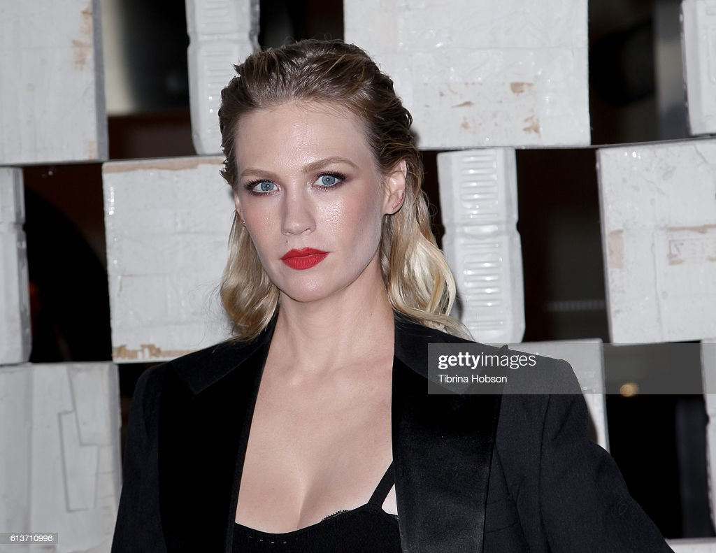 January Jones attends the Hammer Museum's 14th annual Gala In The Garden at Hammer Museum on October 8, 2016 in Westwood, California.