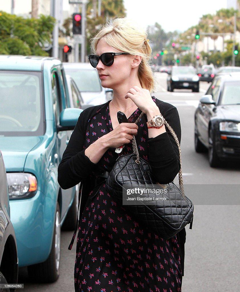 33a50dd03dea4 January Jones is seen shopping in Beverly Hills on June 12