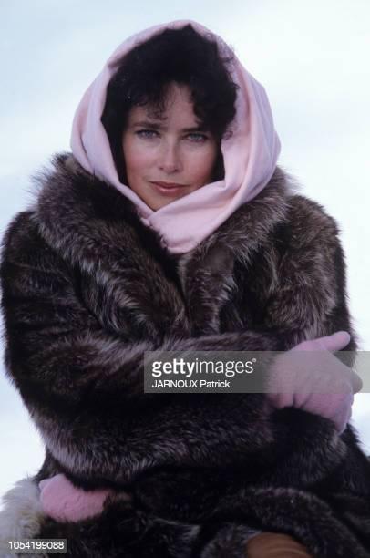 AVORIAZ Janvier 1983 Rendezvous avec Dayle HADDON avec et sans JeanJacques ANNAUD lors du 11ème Festival du film fantastique Portrait en plan...