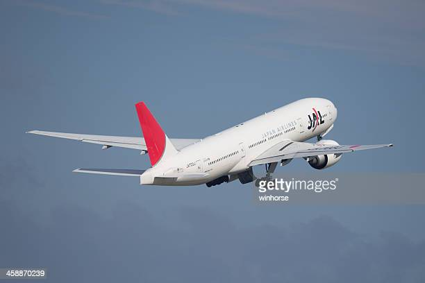 日本の航空のボーイング 777 - 中部国際空港 ストックフォトと画像