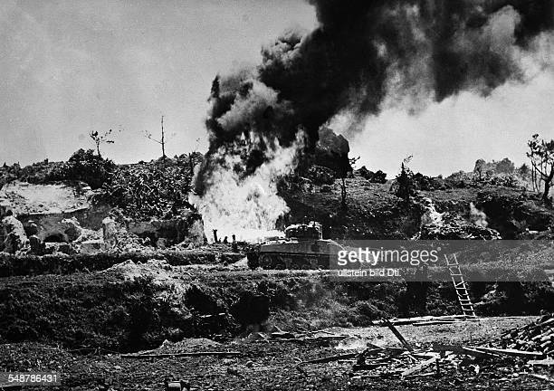 Japan : Battle of Okinawa US tanks with flamethrowers attacking Japanese bunker positions - April / May 1945 - Vintage property of ullstein bild
