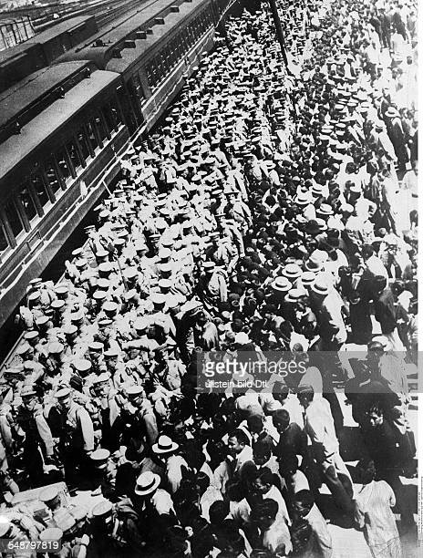 Japan : Japanese occupation of Manchuria following the Mukden Incident on Sept 18, 1931 Japanese troops on a train station in Japan before being sent...