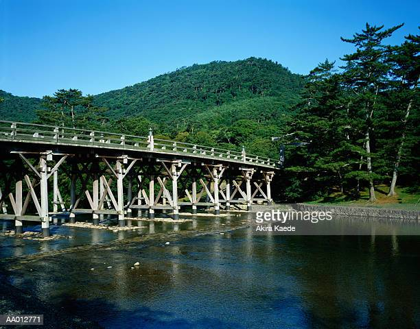 japan, mie prefecture, uji bridge leading to ise shrine - ise mie stock pictures, royalty-free photos & images