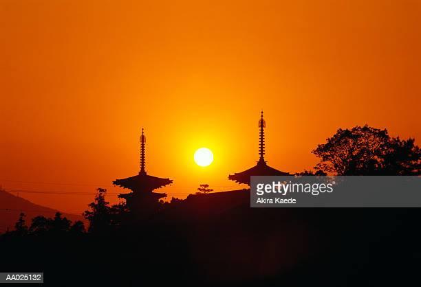 Japan, Nara Prefecture, Nara, Yakushiji Temple, sunrise
