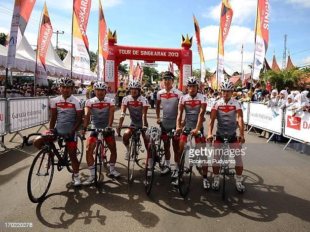 Japan National Team posed before start at Stage 4 Tour de Singkarak 2013 from Sijunjung - Pulau Punjung, distance 189,5 km.
