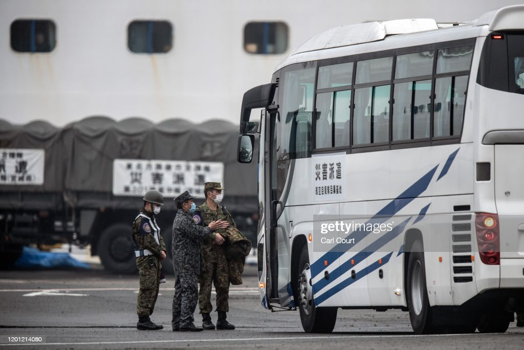 U.S Citizens Evacuated From Quarantined Cruise Ship In Japan : News Photo