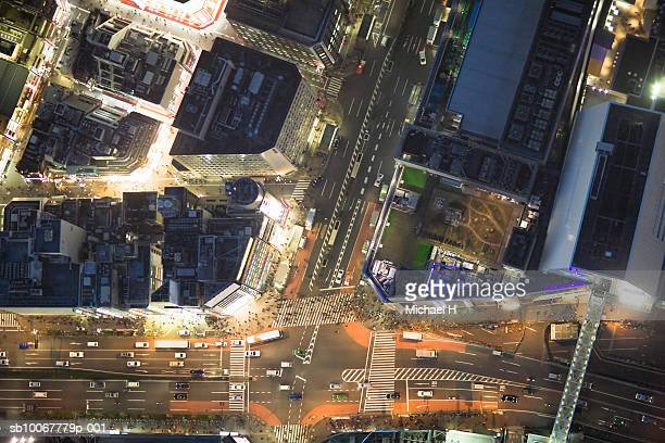Japan, Tokyo, Aerial view of traffic and street at Shinjuku Ward