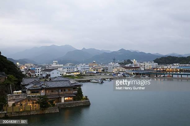 japan, wakayama, katsuura, waterfront, dusk - präfektur wakayama stock-fotos und bilder