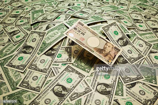japan yen  on the  US dollar banknotes