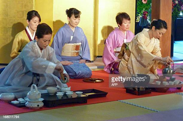 JapanculturefoodteaFOCUS BY JACQUES LHUILLERYIn this picture taken on May 2 a Chinese and Japanese style tea ceremony is held at the tea museum in...