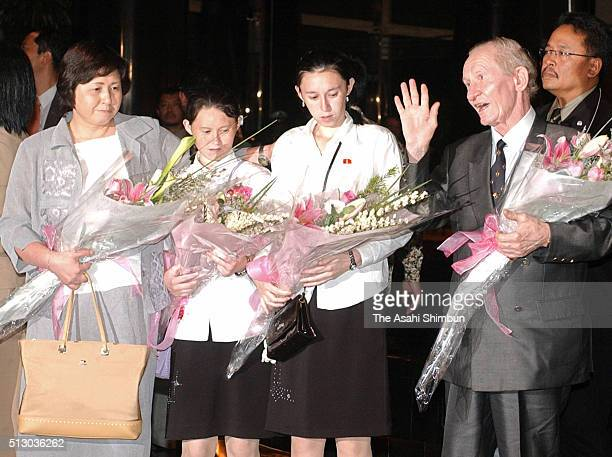 Japanese abductee Hitomi Soga her daughters Belinda and Mika and her husband Charles Robert Jenkins smile upon arriving at their hotel July 9 2004 in...