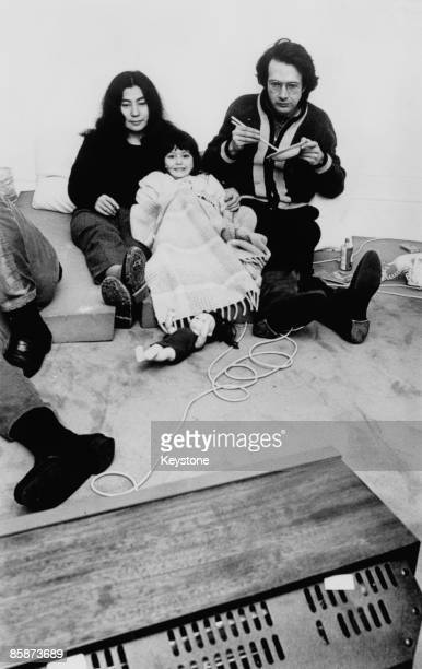 Japanese artist and musician Yoko Ono with her second husband American film producer art promoter and jazz musician Anthony Cox and their daughter...