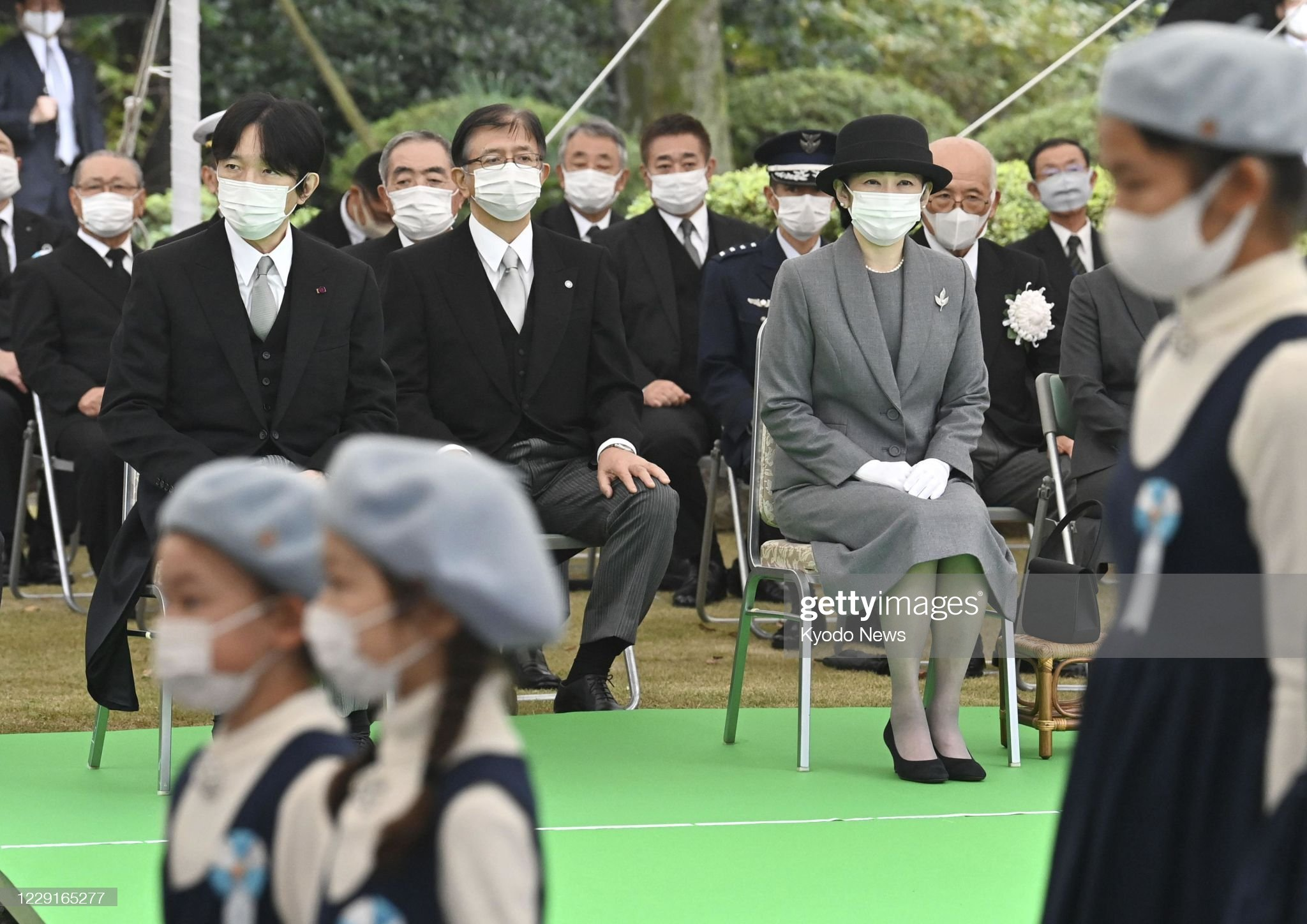 japanese-crown-prince-fumihito-and-his-wife-princess-kiko-attend-an-picture-id1229165277