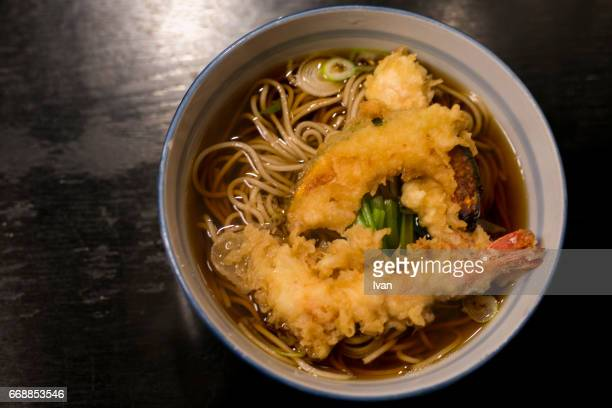 japanese cuisine, tenzaru soba with tempura (deep fried shrimps) - soba stock pictures, royalty-free photos & images