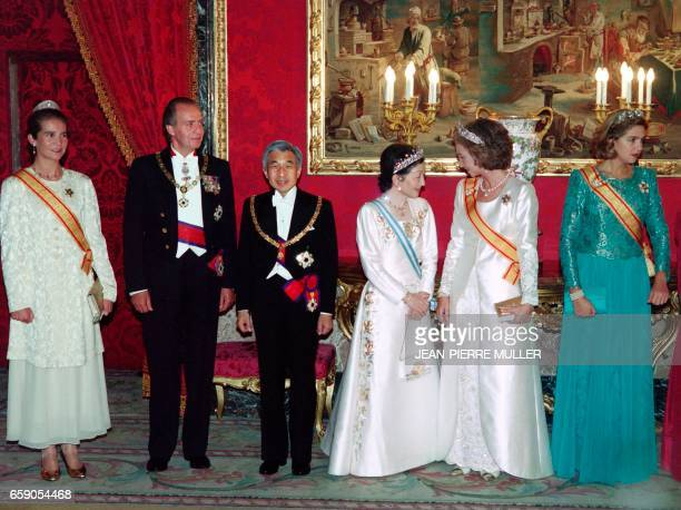 Japanese Emperor Akihito and Empress Michiko pose with King Juan Carlos of Spain Queen Sofia and their daughters Princess Elena and Princess Cristina...