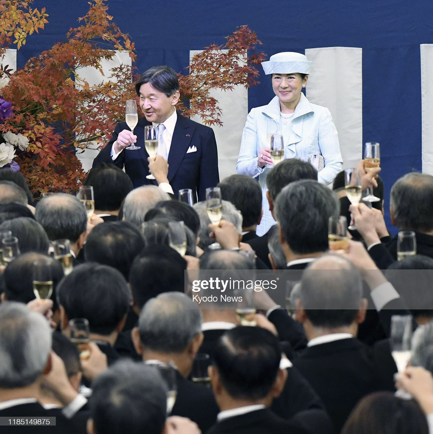 japanese-emperor-naruhito-and-empress-masako-attend-a-tea-party-by-picture-id1185149875