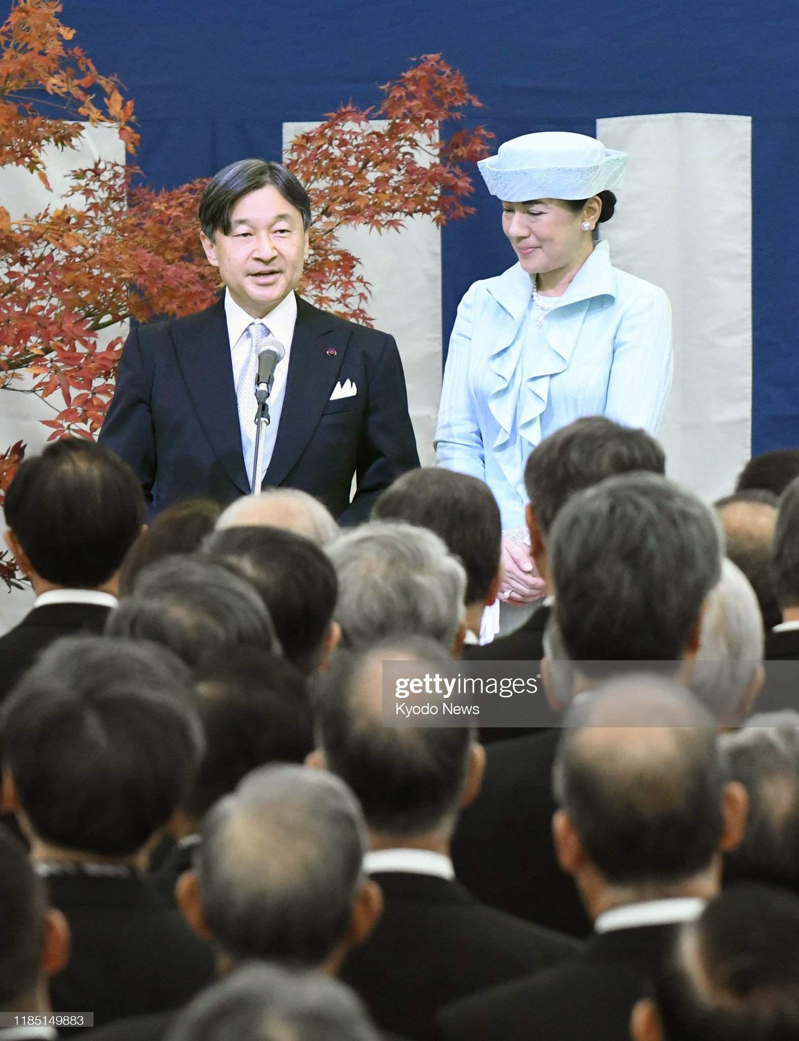 japanese-emperor-naruhito-and-empress-masako-attend-a-tea-party-by-picture-id1185149883