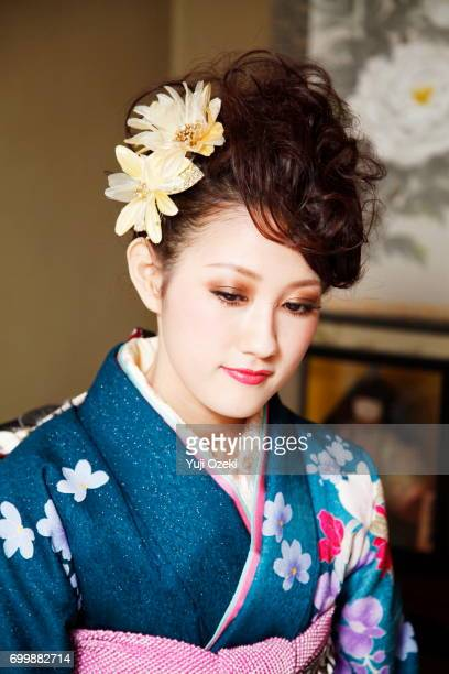 japanese girl in kimono - seijin no hi stock pictures, royalty-free photos & images