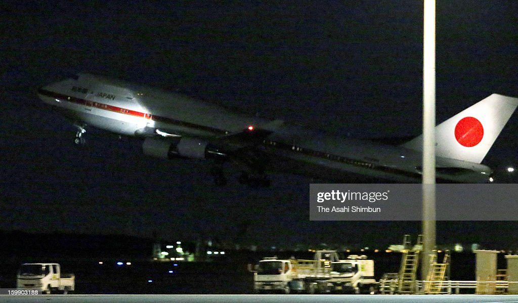 A Japanese government aircraft takes off at Tokyo International Airport on January 22, 2013 in Tokyo, Japan. The government aircraft will bring home seven Japanese survivors and bodies of seven victims, three Japanese remain unaccounted for.