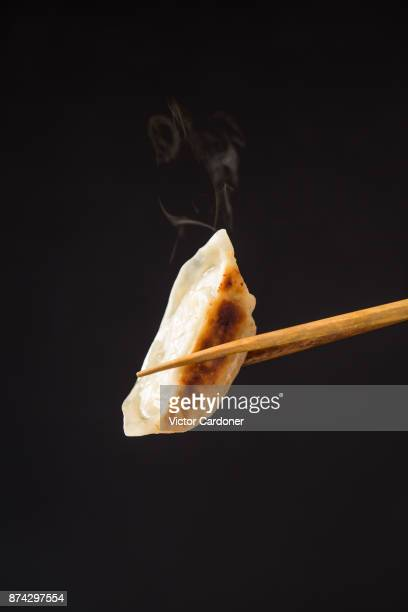japanese gyoza - chinese food stock pictures, royalty-free photos & images