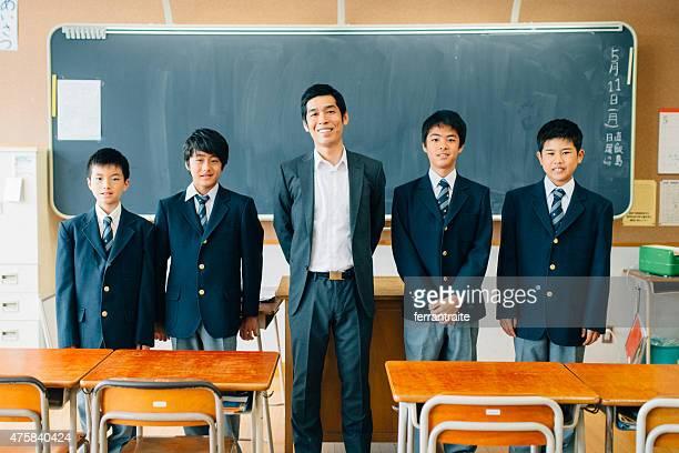 日本の高校クラスの写真 - 制服 ストックフォトと画像
