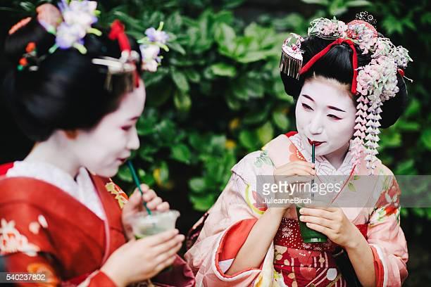 Japanese ladies drinking green tea