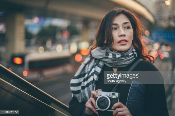 日本女性のカメラマン