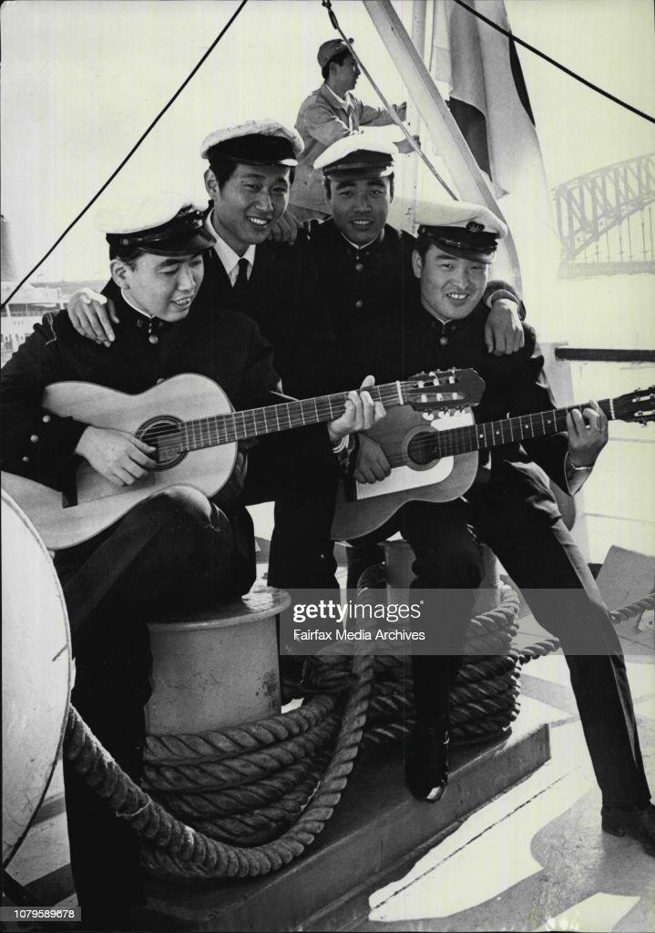 110 Must Have Wedding Photos: Japanese Marine Training Ship Arrives -- 110 Japanese